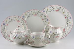 Replacement Johnson Brothers - Summer Chintz. Plates & Johnson Brothers Summer Chintz   49 lines in stock