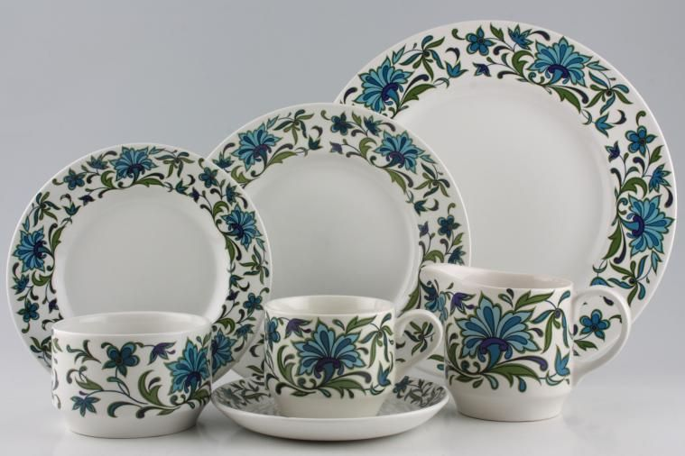 Midwinter - Spanish Garden & Midwinter Spanish Garden   35 lines in stock