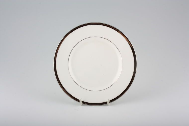 Wedgwood - Carlyn - Tea / Side / Bread & Butter Plate